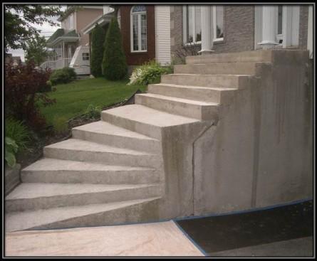 Grand escalier fissuré à Sainte-Julie